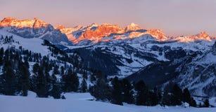 Panorama del tramonto sopra le dolomia Fanis, Tirolo del sud, Italia Fotografia Stock