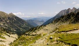 Panorama del valle de la montaña foto de archivo libre de regalías