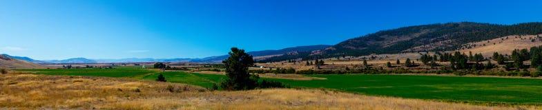 Panorama del valle de las aguas termales Fotografía de archivo
