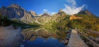 Panorama del valle en las montañas de Tatra, Eslovaquia, Europa del lago del pleso de Zelene Imágenes de archivo libres de regalías
