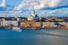 Panorama del verano de Helsinki, Finlandia Foto de archivo libre de regalías