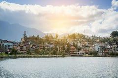 Panorama del Vietnam della valle di sapa di bella vista nell'alba di mattina con la nuvola di bellezza fotografia stock