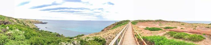 Panorama dell'allerta della roccia della piramide in Phillip Island - Victoria, Aust Immagine Stock