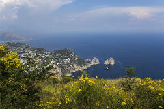 Panorama dell'isola di Capri da Monte Solaro, in Anacapri Fotografie Stock Libere da Diritti