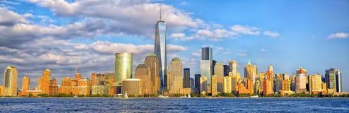 Panorama dell'orizzonte del Lower Manhattan Fotografia Stock