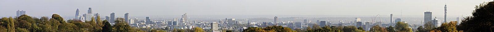 Panorama dell'orizzonte di Londra fotografia stock libera da diritti
