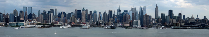 Panorama dell'orizzonte di Manhattan Fotografie Stock