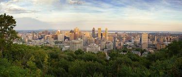 Panorama dell'orizzonte di Montreal Fotografia Stock