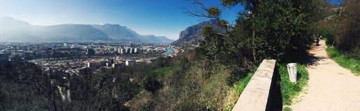 Panorama della città della montagna Fotografie Stock