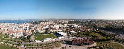 Panorama della città di Almada Lisbona Portogallo Fotografia Stock Libera da Diritti