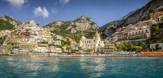 Panorama della città di Positano, costa di Amalfi, Italia Fotografie Stock