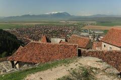 Panorama della città di Rasnov immagine stock