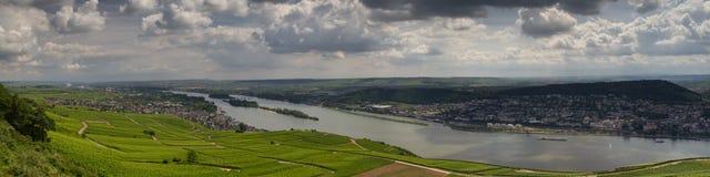 Panorama della città di Ruedesheim Immagine Stock
