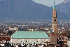 Panorama della città di Vicenza con la basilica Fotografia Stock Libera da Diritti