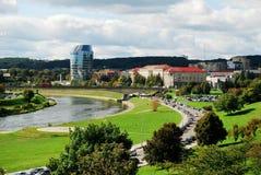 Panorama della città di Vilnius con il fiume Neris il 24 settembre 2014 Immagine Stock Libera da Diritti