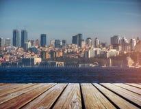 Panorama della città moderna sopra acqua, Costantinopoli Fotografia Stock