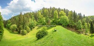 Panorama della diga del bacino idrico della valle di Wental, Svevo Giura Immagine Stock