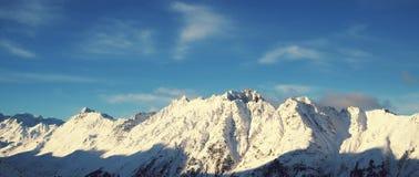 Panorama della mattina di inverno delle alpi, Ischgl, Austria Immagine Stock