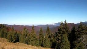 Panorama della montagna stock footage