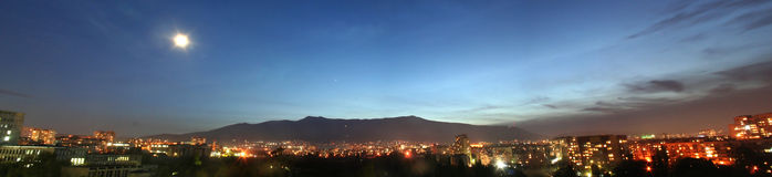 Panorama della montagna del Vitosha entro la notte Fotografia Stock