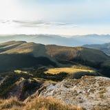 Panorama della montagna delle alpi nelle alpi di Dolomiti Immagini Stock Libere da Diritti