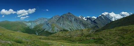 Panorama della montagna di Belukha, Altai, Russia Immagini Stock