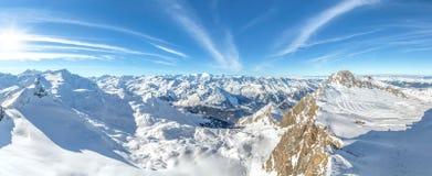 Panorama della montagna di inverno Fotografia Stock Libera da Diritti