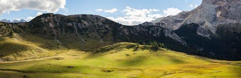Panorama della montagna - Dolomiti, Italia Immagine Stock Libera da Diritti