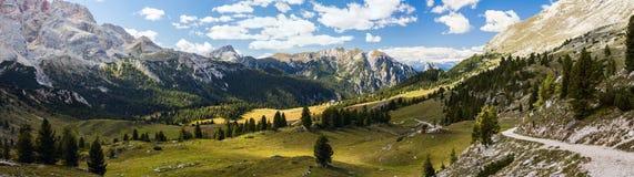Panorama della montagna - Dolomiti, Italia Fotografia Stock Libera da Diritti