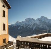 Panorama della montagna nell'inverno Fotografia Stock