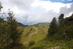 Panorama della montagna nelle alpi Fotografia Stock Libera da Diritti