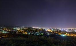 Panorama della notte Almaty Fotografia Stock
