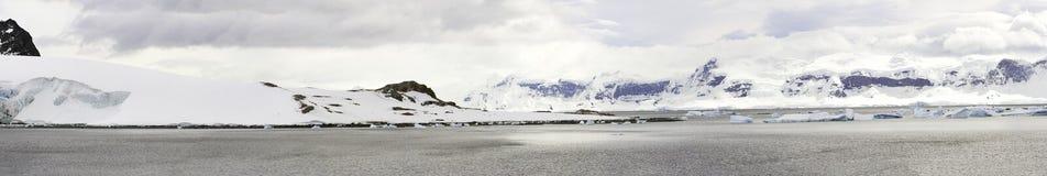 Panorama della penisola dell'Antartide Immagine Stock