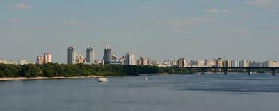 Panorama della riva sinistra di Kiev Immagine Stock Libera da Diritti