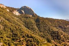 Panorama della roccia del Moro nella sosta nazionale della sequoia immagine stock libera da diritti