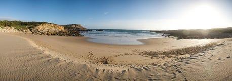 Panorama della spiaggia in Algarve Fotografie Stock Libere da Diritti