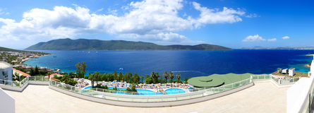 Panorama della spiaggia all'albergo di lusso Fotografia Stock