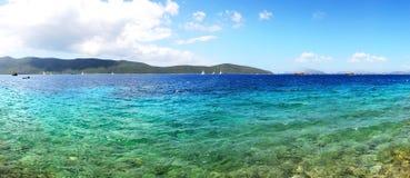 Panorama della spiaggia all'albergo di lusso Immagine Stock Libera da Diritti