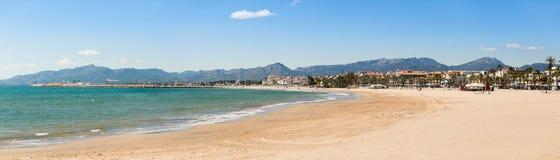 Panorama della spiaggia di Cambrils Fotografia Stock Libera da Diritti