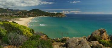 Panorama della spiaggia di Chia (Sardegna) Fotografie Stock Libere da Diritti