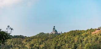 Panorama della statua di Buddha del gigante nell'isola di Lantau Fotografie Stock Libere da Diritti