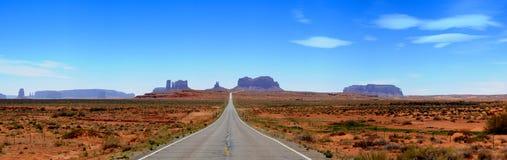 Panorama della strada principale della valle del monumento Immagini Stock Libere da Diritti