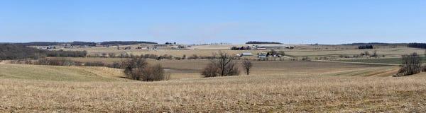 Panorama della terra dell'azienda agricola di Wisconsin Immagini Stock Libere da Diritti
