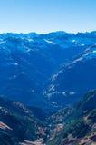Panorama delle alpi di Lechtal dal fianco di una montagna su E5, Austria Immagine Stock