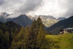 Panorama delle alpi di Orobic Immagine di colore fotografia stock