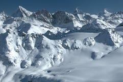 Panorama delle alpi e di matterhorn svizzeri Fotografie Stock Libere da Diritti