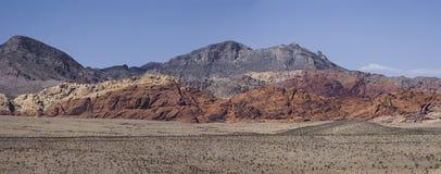 Panorama delle colline in canyon rosso della roccia, Nevada fotografia stock libera da diritti
