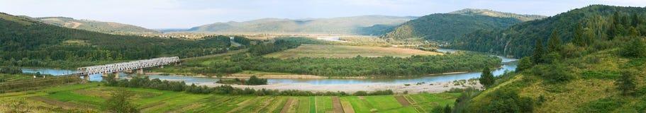 Panorama delle colline pedemontana di mattina di estate Fotografia Stock Libera da Diritti