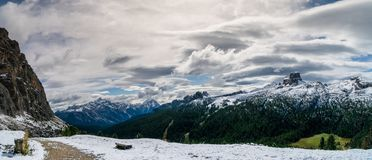 Panorama delle dolomia vicino ad Alta Badia Immagini Stock