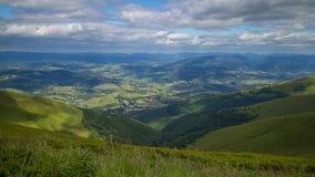 Panorama delle montagne carpatiche Immagini Stock Libere da Diritti